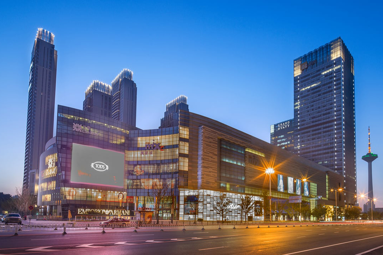 欧捷为中国沈阳的购物中心和办公楼供应液晶显示器